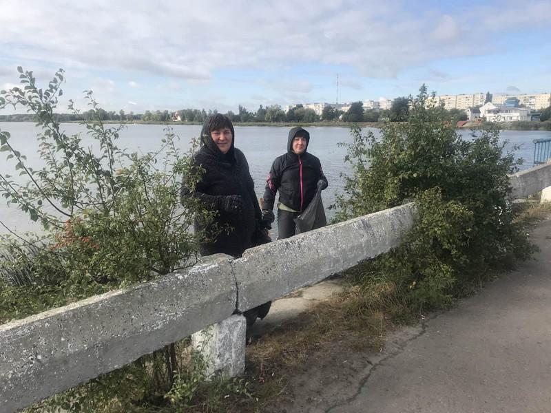 На березі волинської річки відбулася екологічна толока