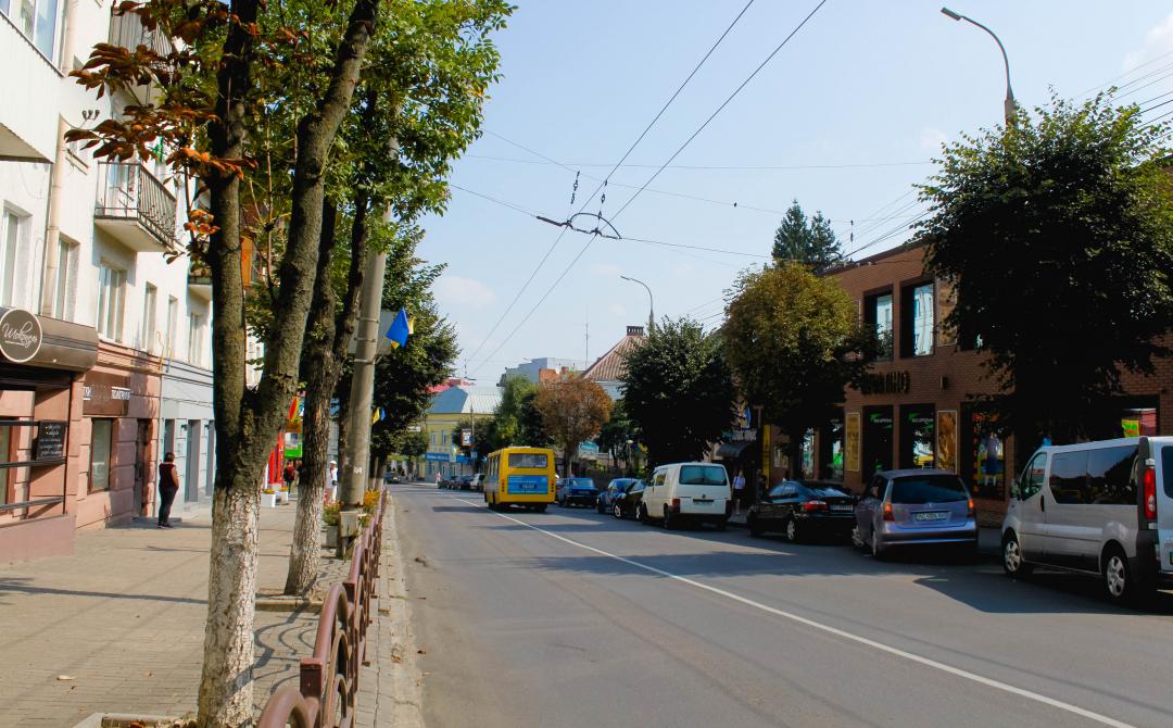 Луцькрада може продати ще одну земельну ділянку у центрі міста під забудову