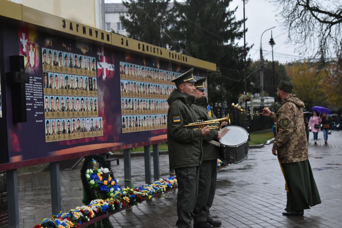 У Луцьку вшанували загиблих під час українсько-російської війни. ФОТО
