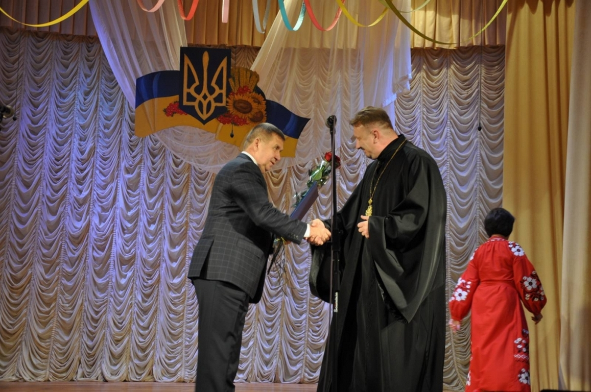 Камінь-каширського декана нагороджили грамотою Волиньради