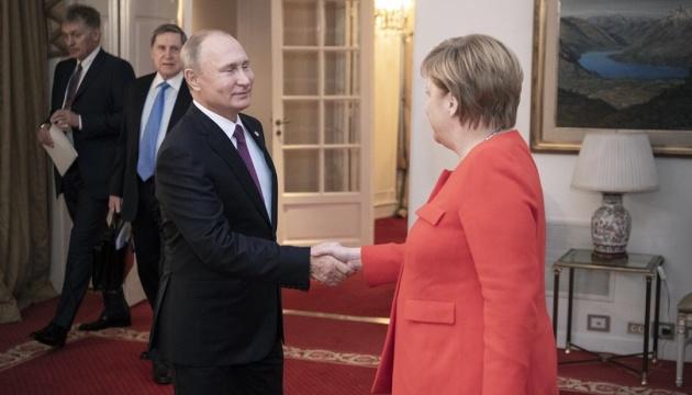 Ангела Меркель і Володимир Путін обговорили транзит газу через Україну