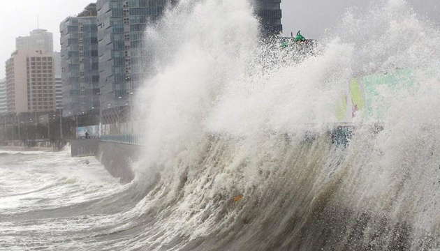 Тайфун «Хагібіс» забрав вже 73 життя в Японії. ВІДЕО