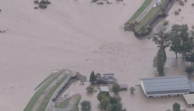 Кількість загиблих через тайфун в Японії перевищила 60 осіб