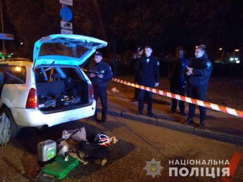 У Києві влаштували стрілялину. ФОТО