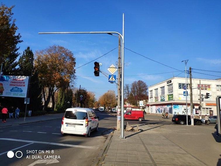 У місті на Волині тривалий час не працюють світлофори на перехресті