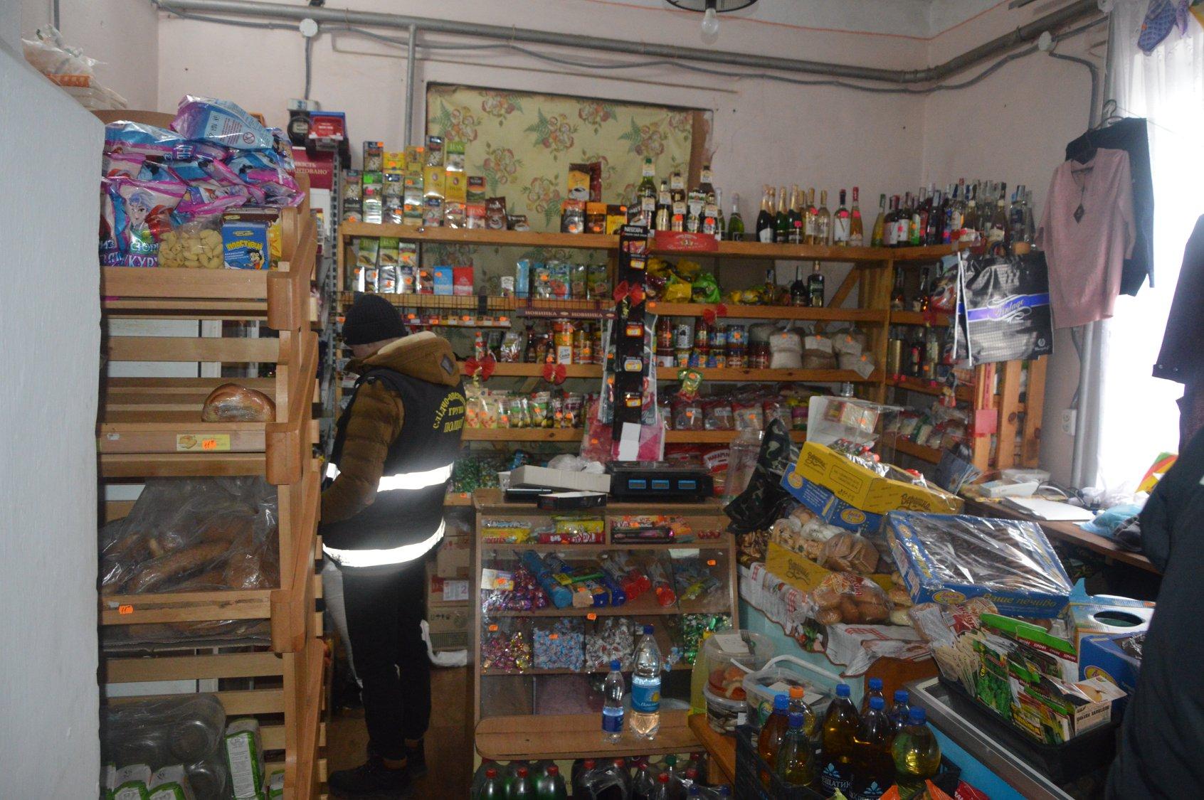 На Волині в селі обікрали магазин