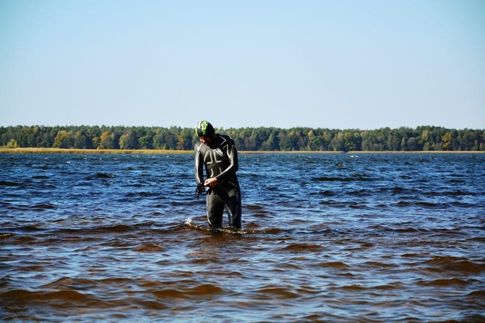 Гузь переплив озеро Біле. ФОТО