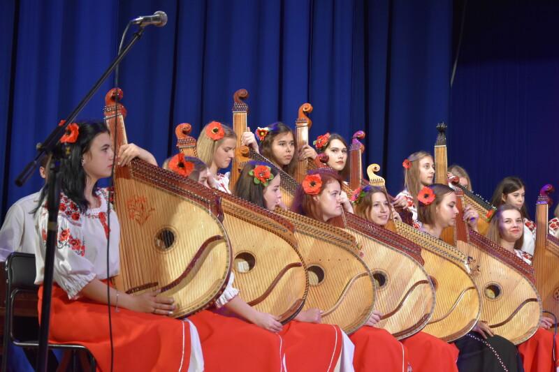 «Волинський кобзарик»: уЛуцьку розпочався міжнародний конкурс бандуристів