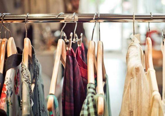 Волинянам показали, як виглядав жіночий одяг понад 90 років тому. ФОТО
