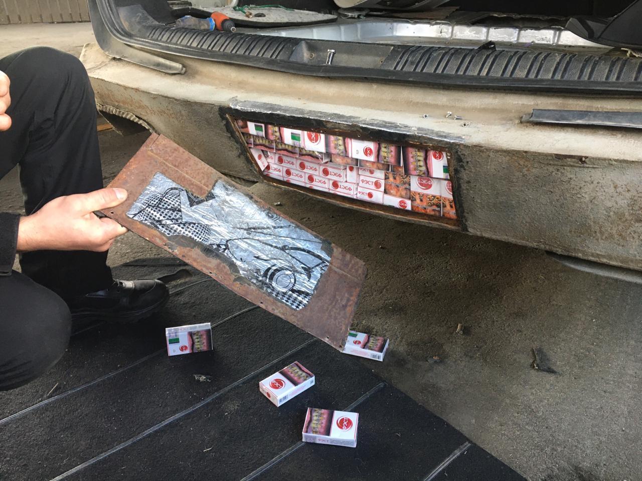 Волинські прикордонники забрали у білоруса авто через сигарети. ВІДЕО