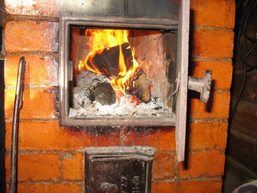 Волинянам розповіли про правила пожежної безпеки при використанні пічного опалення