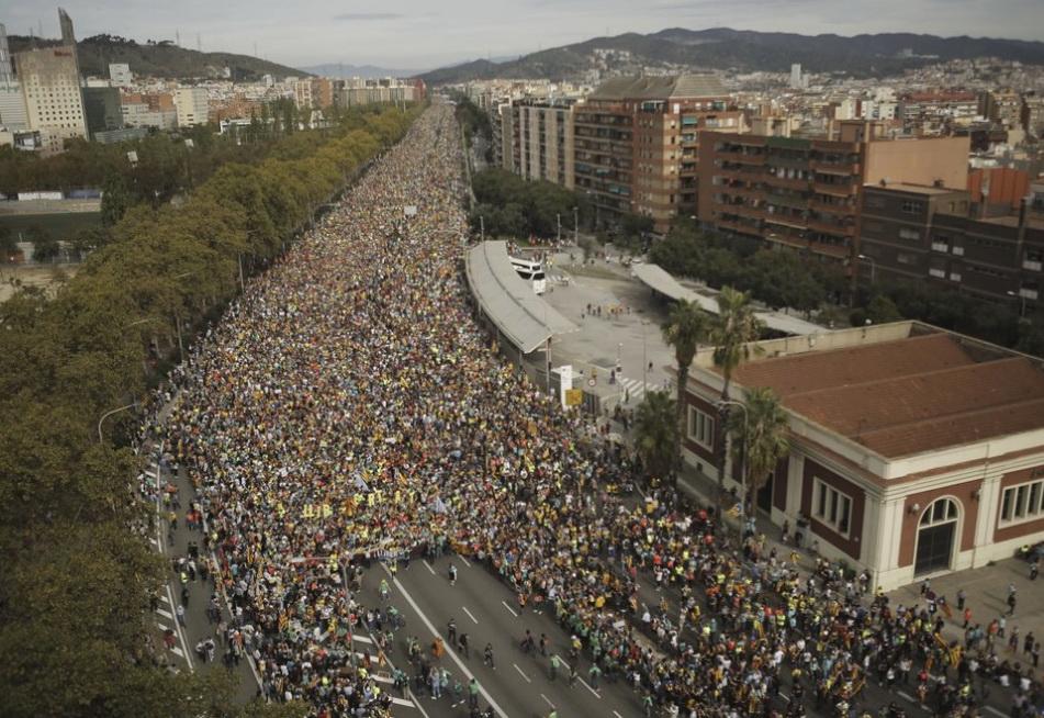 Каталонію паралізували страйки та протести