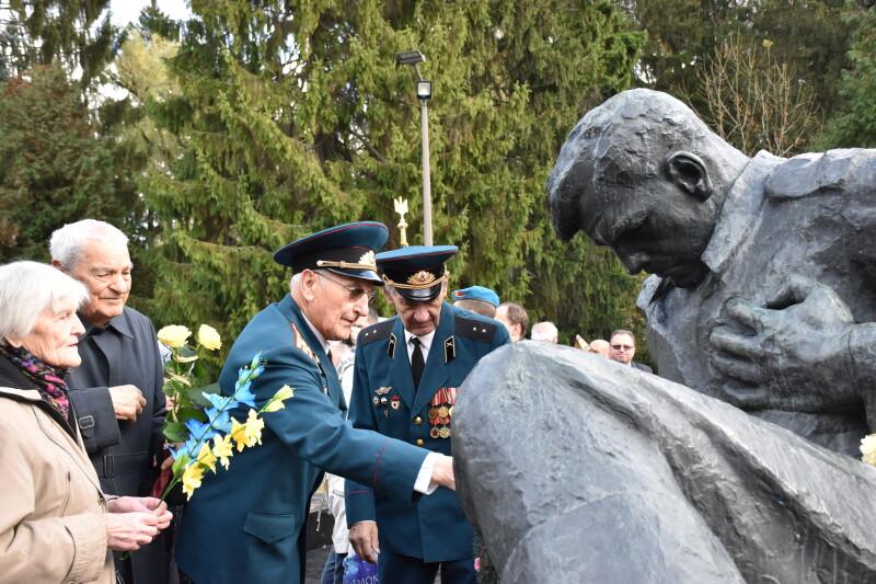У Луцьку вшанували пам'ять жертв Другої світової війни. ФОТО