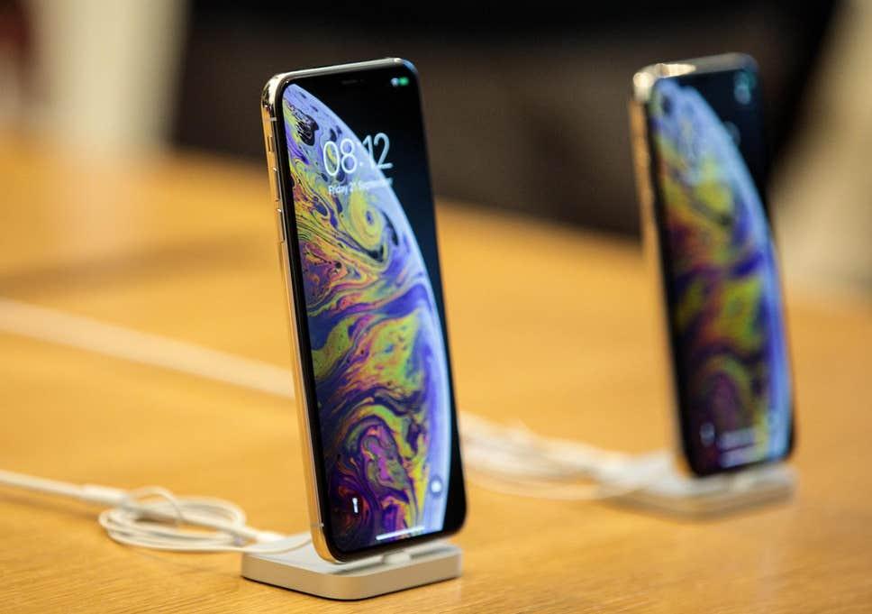 Дональд Трамп звернувся до компанії «Apple» щодо нових «iPhone»