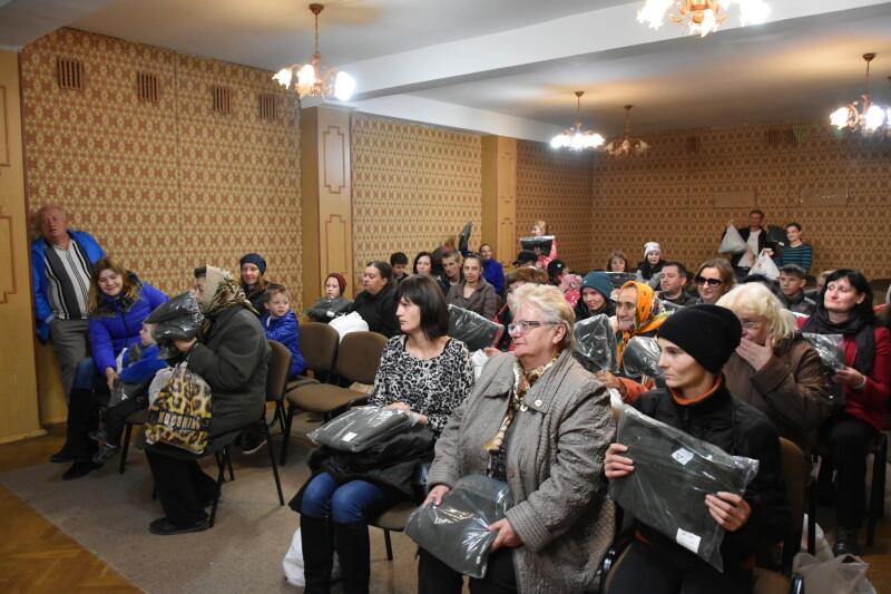 40 сімей із Луцька отримали продуктові набори з нагоди свята Покрови