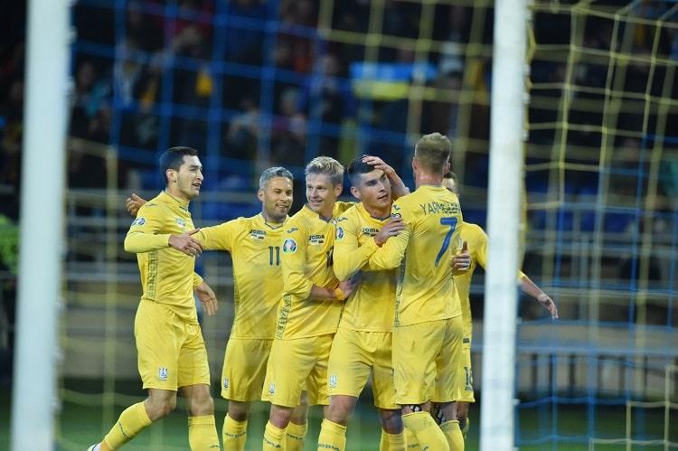Збірна України з футболу піднялася на три позиції у рейтингу ФІФА