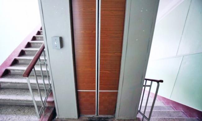 До кінця року у Луцьку планують відремонтували 36 ліфтів