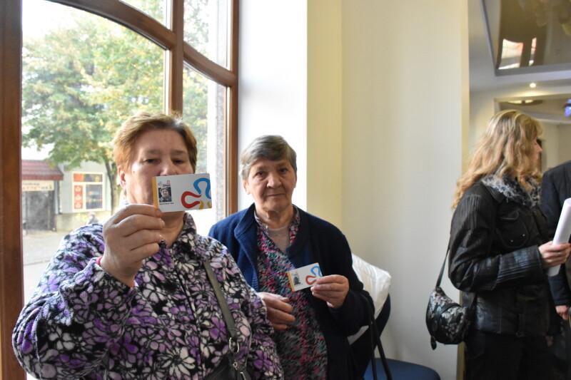 У Луцьку розпочали видавати електронні квитки для пільгових категорій. ФОТО