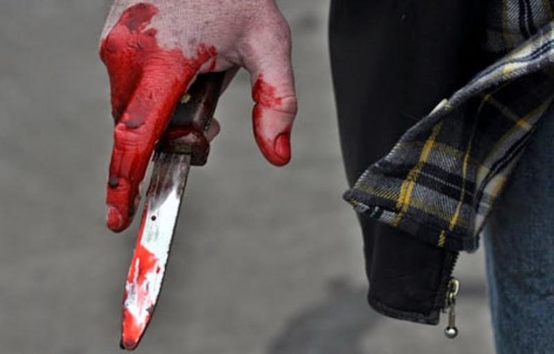 На Волині 14-річний хлопець зарізав жінку та поранив ще двох людей