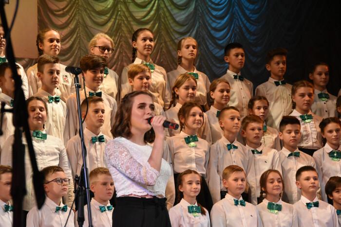 У Луцьку відсвяткували 80-річчя навчально-виховного комплексу. ФОТО