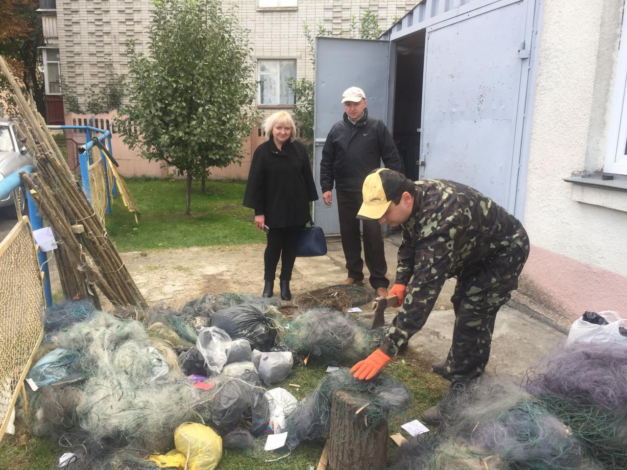 Рибоохоронний патруль Волині знищив заборонені знаряддя лову