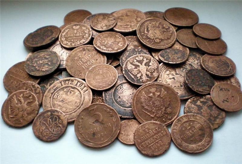 Лучанин намагався переправити у Польщу старовинні монети
