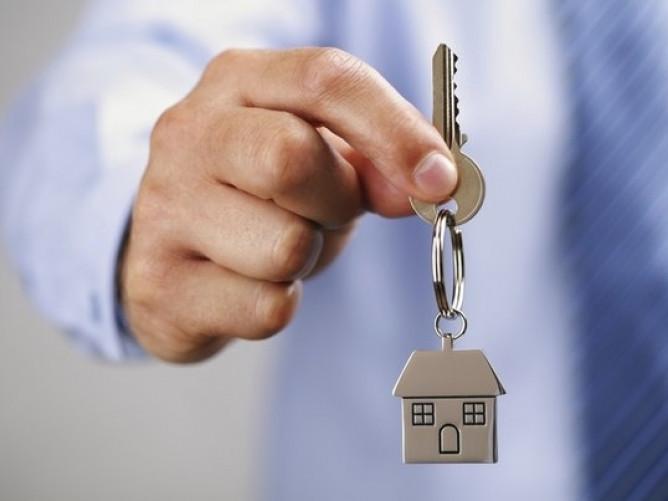 Лучанин, який понад десять років перебував на квартирному обліку, отримав квартиру