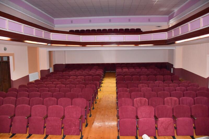 У будинку культури Луцька капітально відремонтували глядацьку залу
