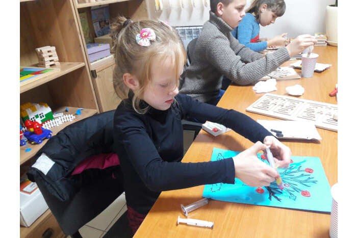 У Луцьку діти з особливими потребами побували на пластиліновій терапії