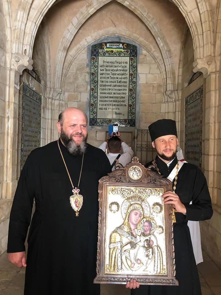 У Луцьк привезуть ікону, яка замироточила у Єрусалимі