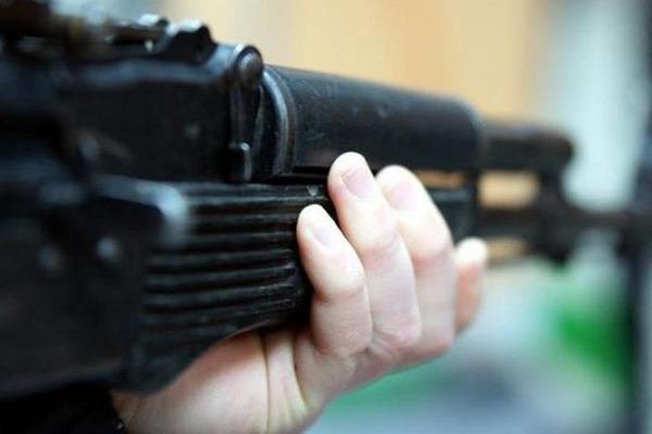 На Волині троє зловмисників у масках, погрожуючи зброєю, обікрали жінок