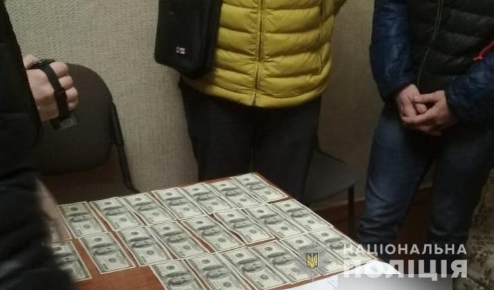 На Волині група злочинців вимагала гроші з фермера