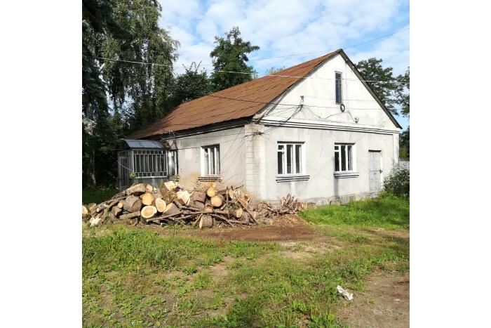 Луцькрада продає на аукціоні комунальне приміщення