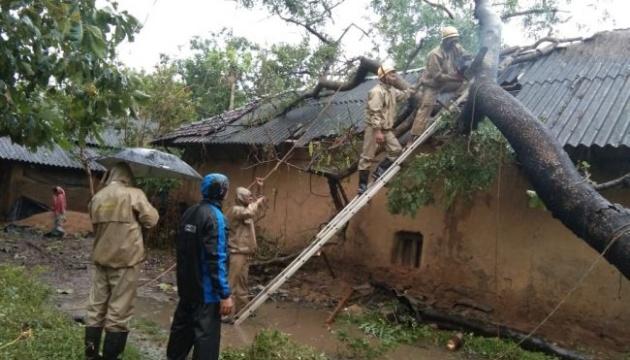 Через циклон у Бангладеші евакуювали майже два мільйони людей