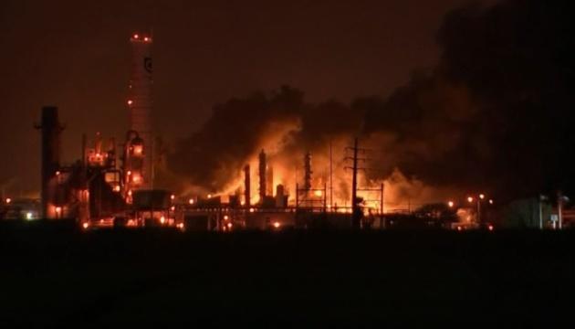 В американському штаті стався потужний вибух на хімзаводі: евакуювали людей