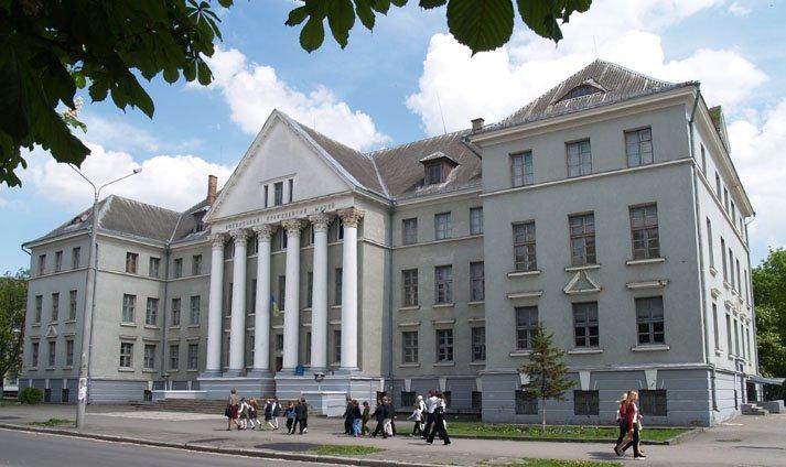 Волинян запрошують у музей на екскурсії вихідного дня