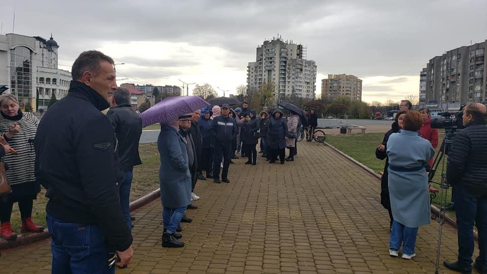 Біля Волиньради підприємці мітингували проти введення касових апаратів. ВІДЕО
