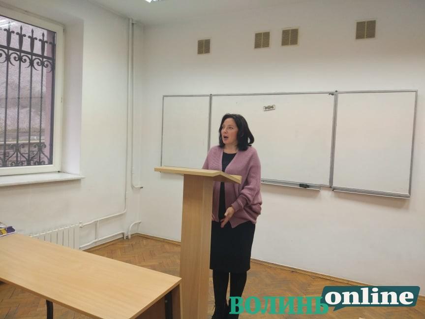 Претендентка на посаду ректора СНУ пропонує колегіальний тип адміністрування*