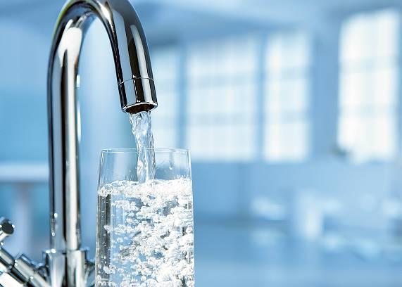 Лучани-боржники ризикують залишитися без води та субсидій