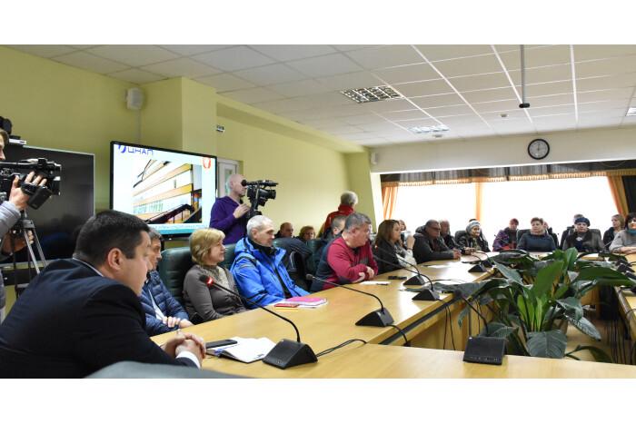 Луцькрада зустрілася з підприємцями, щоб обговорити питання перенесення ринку