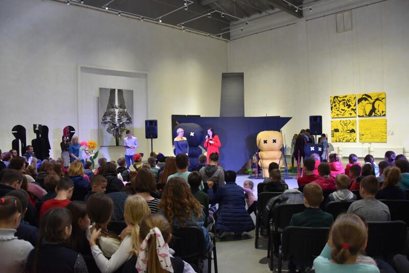 «Lutsk Junior Theatre»: у Луцьку відкрили всеукраїнський фестиваль