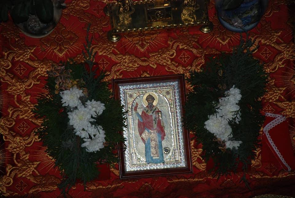 На Волині молитимуться перед іконою з частинкою риз