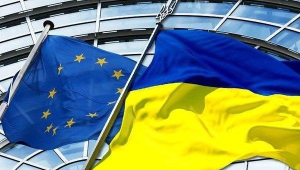 Курс на ЄС і НАТО у Парижі не обговорюватимуть
