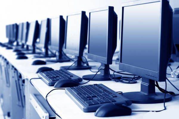 Луцький пологовий будинок закупить комп'ютерів на понад 800 тисяч