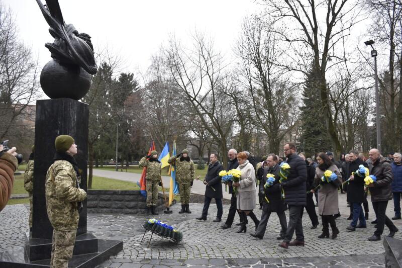 У Луцьку вшанували учасників ліквідації наслідків аварії на ЧАЕС