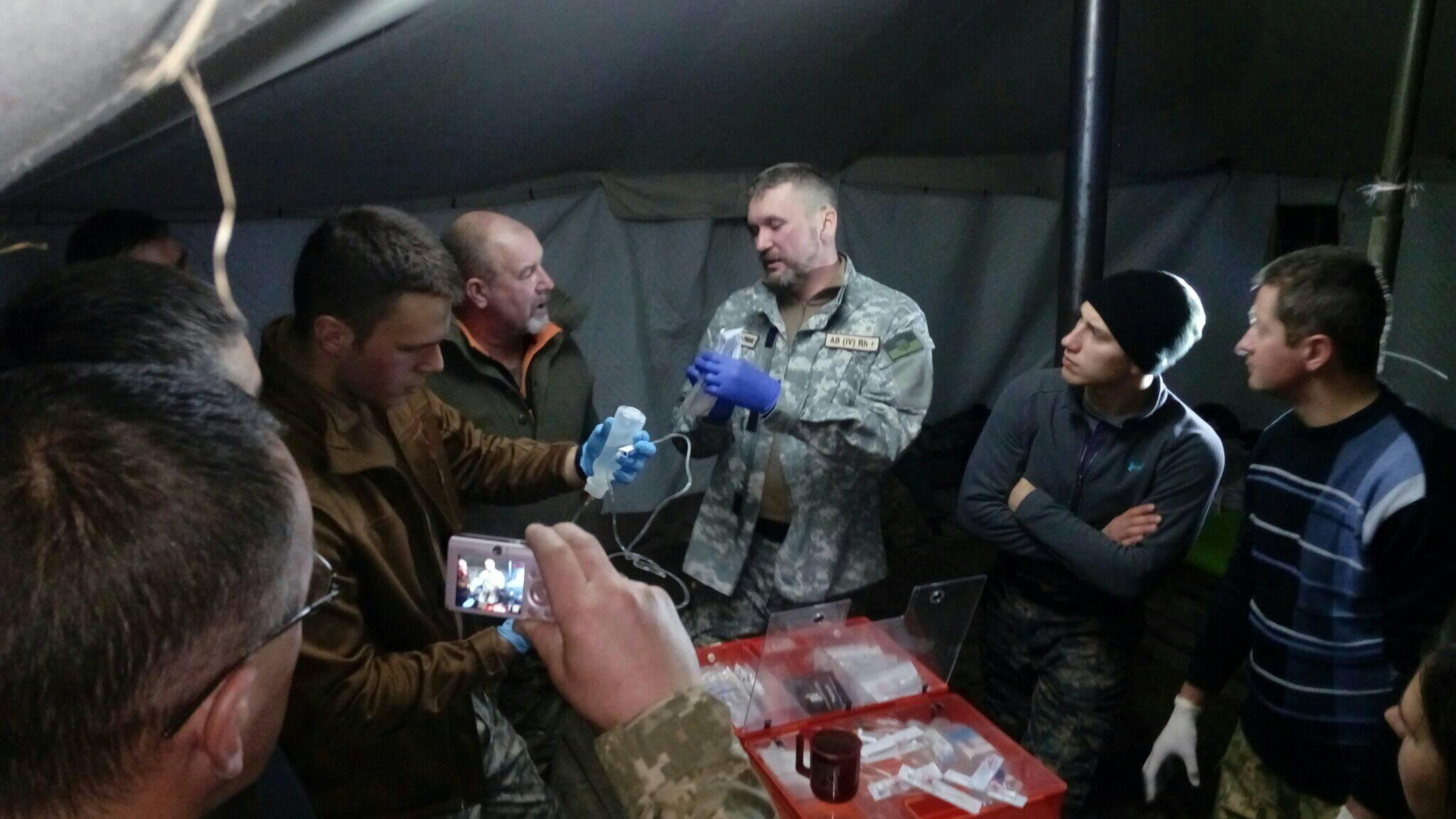На полігоні біля Луцька провели навчання з основ взаємодопомоги на полі бою. ФОТО