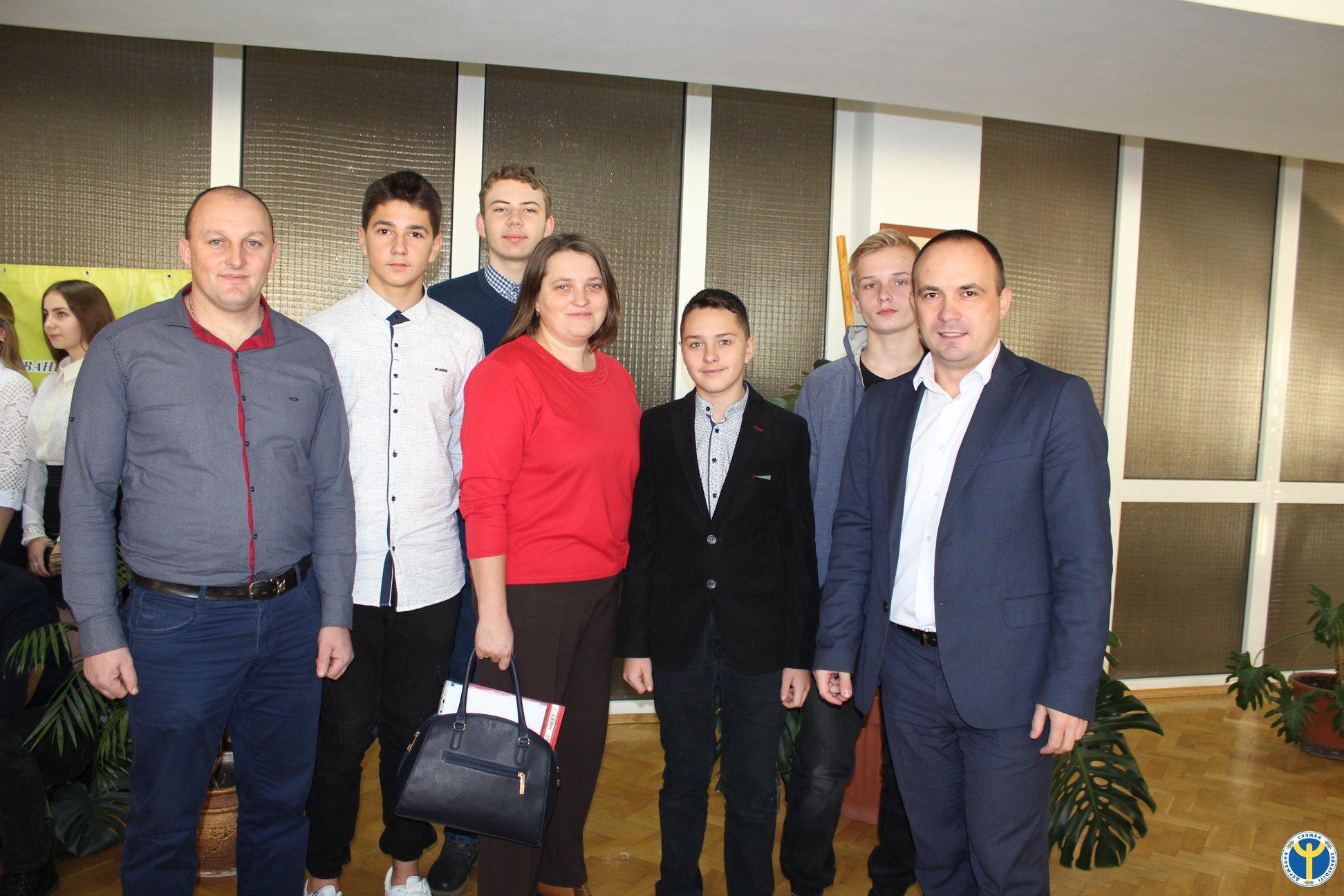 У Луцьку школярі області змагалися за бізнес-ідеї