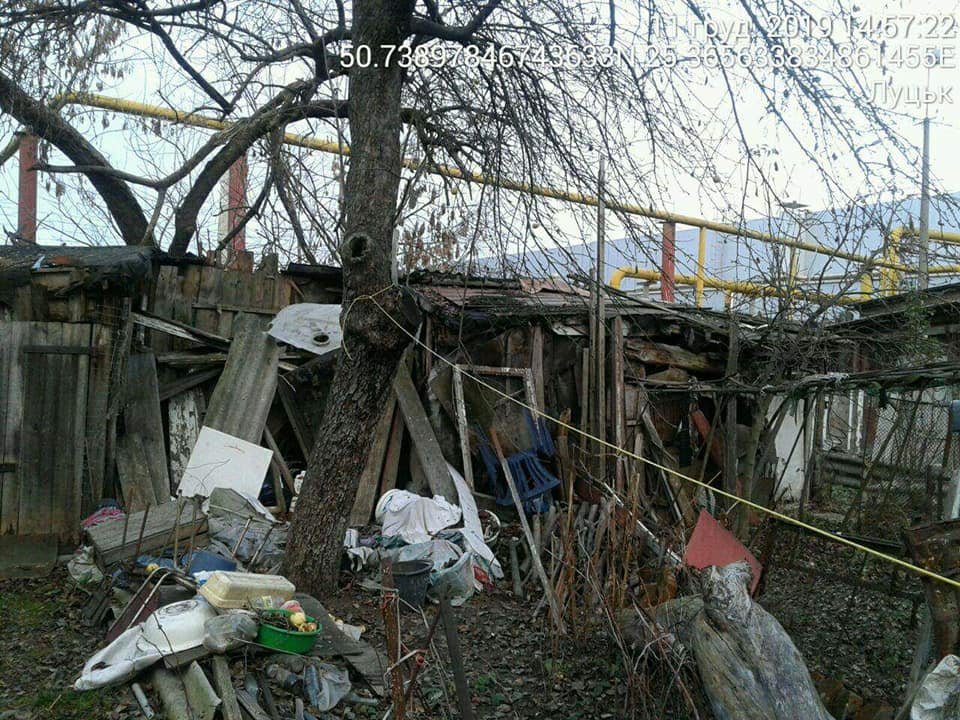 У Луцьку демонтують незаконні тимчасові споруди