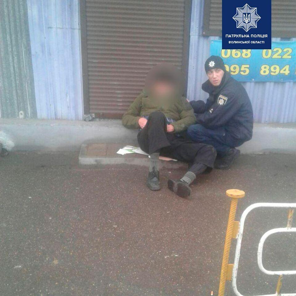 На Волині поліцейські врятували життя літнього чоловіка