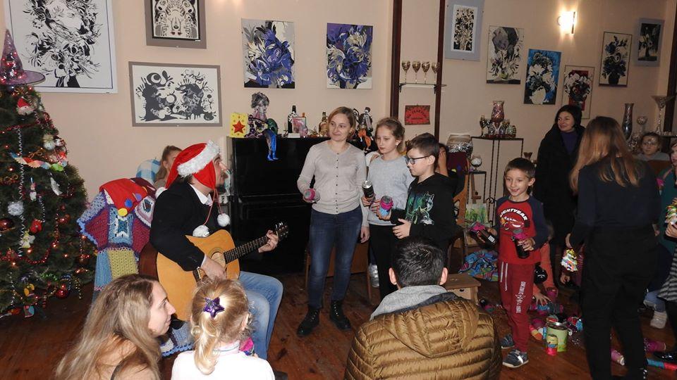У Луцьку для всієї сім'ї відбувся святковий майстер-клас